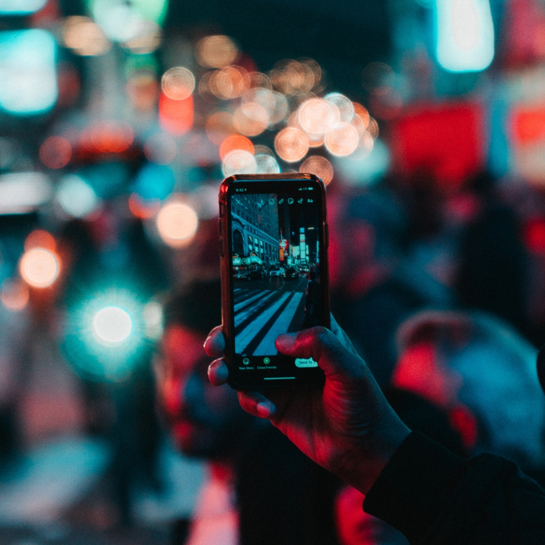 Create an Instagram Story to Attract Your Audience